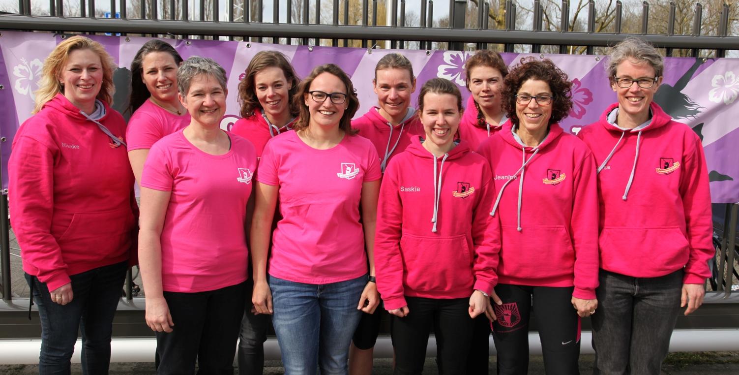 Het organisatieteam van de Vrouwentriathlon in 2016