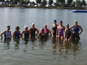 Zwemmen tijdens trainingsweekend Beesd