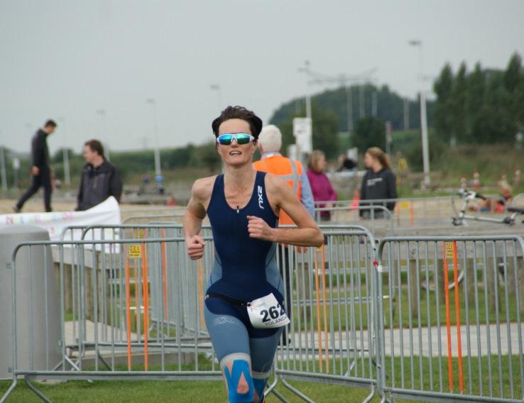 Yolande Mante hardlopend