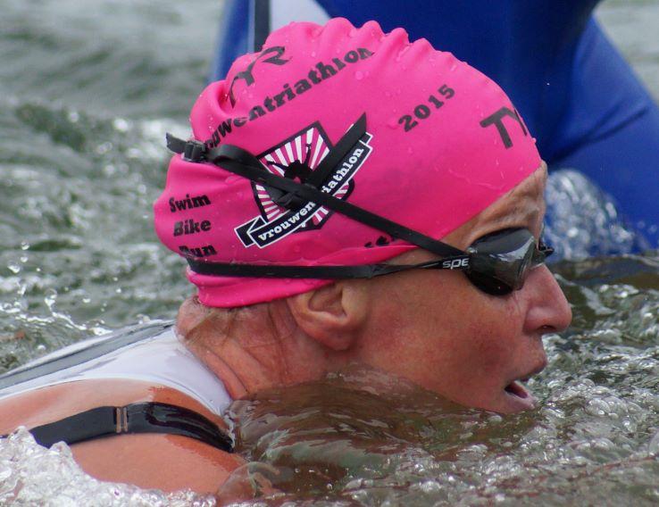 Behaband onder triathlonpak