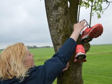 Nienke hangt haar schoenen aan de wilgen