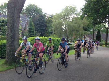 Trainingsgroepje op de fiets