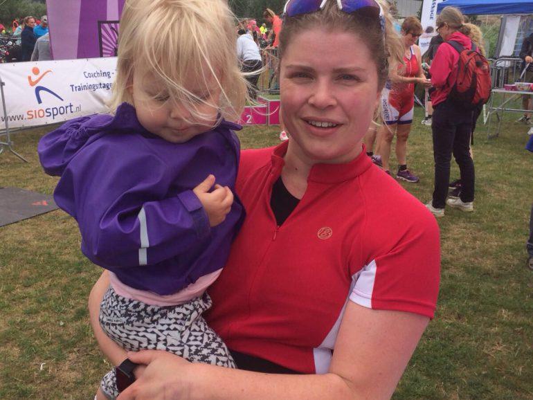 Annejet met dochter bij de finish